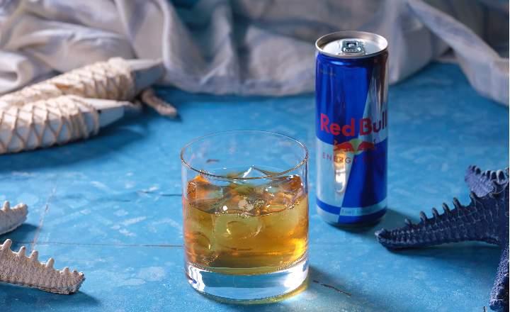 Jack Daniels + Red Bull