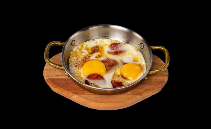 Fried Eggs with Garlic Sausages