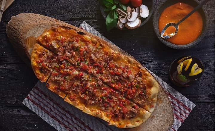 Kokorec Pizzetta